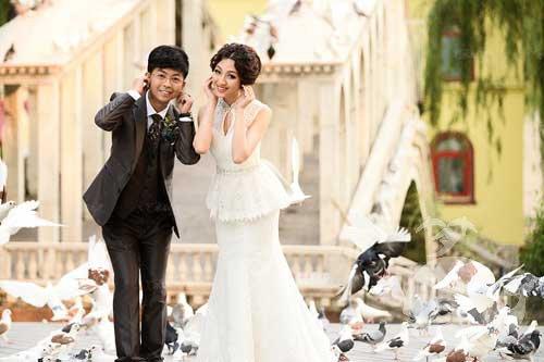梦见自己穿婚纱结婚