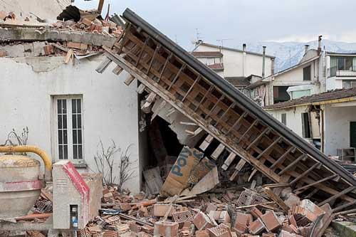 孕妇梦见地震