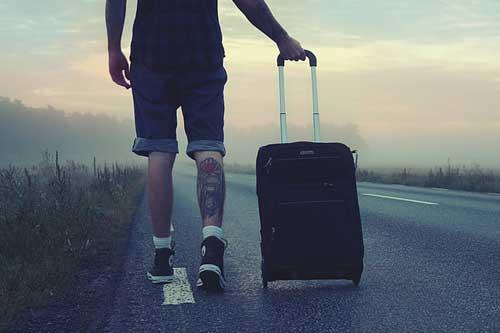 一家人去旅游