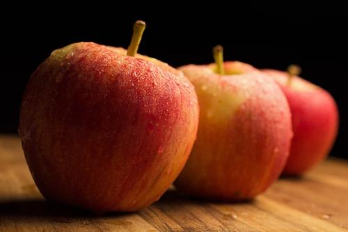 夢見滿樹蘋果